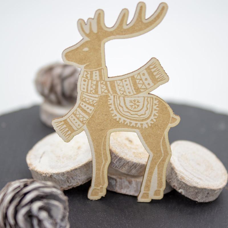 Chipboard cerf avec écharpe en carton bois SCRAPMOUSET