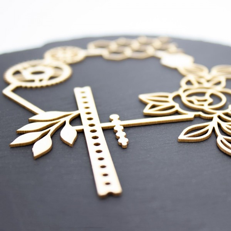 Chipboard Stolia avec fleurs, feuillages, engrenages et diverses formes géométriques en carton bois SCRAPMOUSET