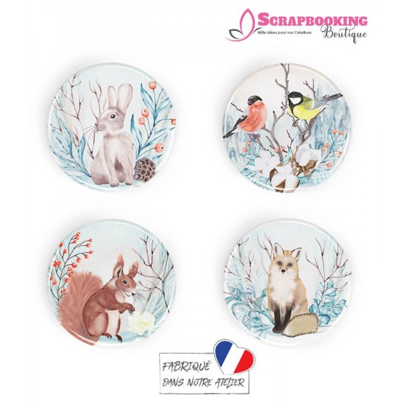 Lot de 4 badges 25mm à dos plat collection Winter Time Série 2 SCRAPMOUSET