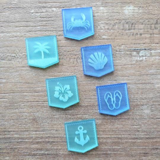 Lot de 6 fanions gravés thème vacances acrylique caraïbes et bleu givré SCRAPMOUSET