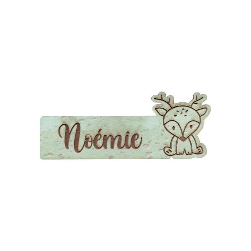 Étiquette personnalisée avec prénom et figurine cerf en liège plusieurs coloris au choix SCRAPMOUSET