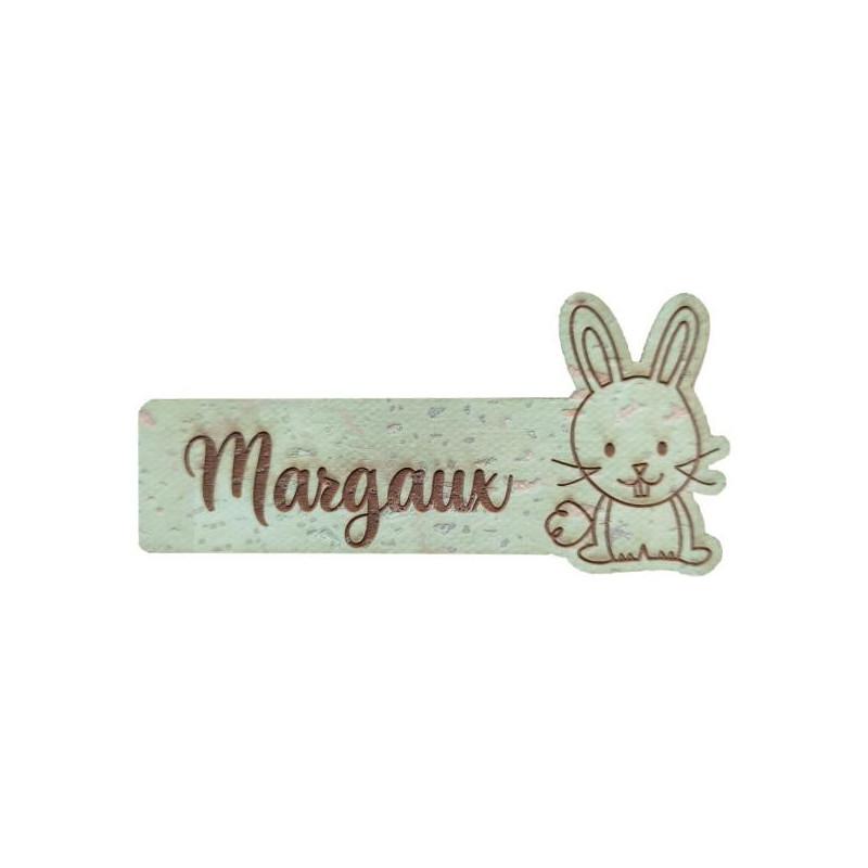 Étiquette personnalisée avec prénom et figurine de lapin en liège plusieurs coloris au choix SCRAPMOUSET