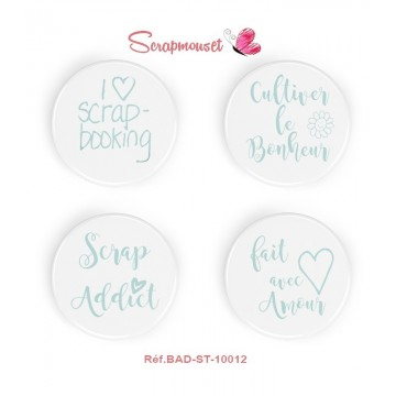 "Lot de 4 badges ""Scrap addict"" de Scrapmouset"