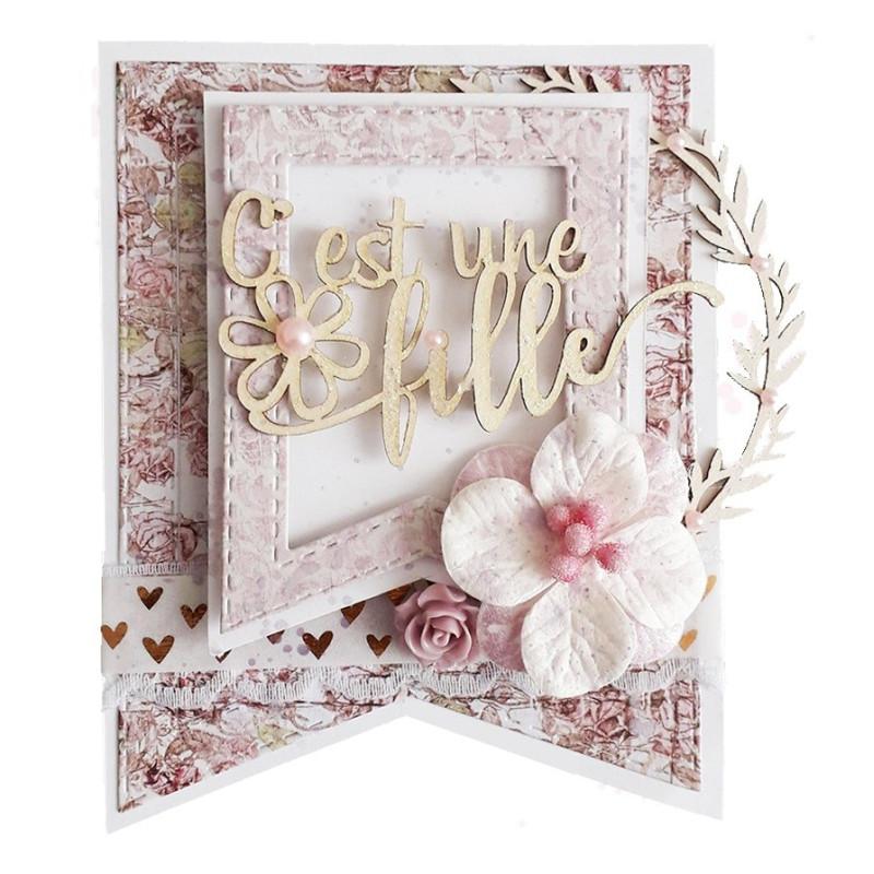 """Expression """"C'est une fille (petite fleur)"""" en Carton bois - 7,9 x 4,2 cm"""