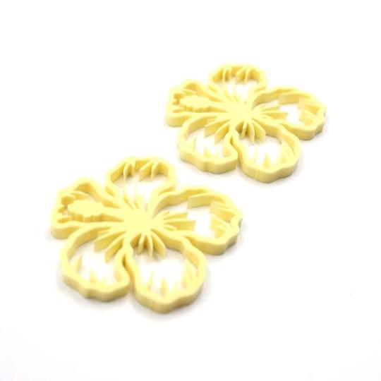 Lot 2 fleurs d'hibiscus en acrylique jaune pastel - Scrapmouset