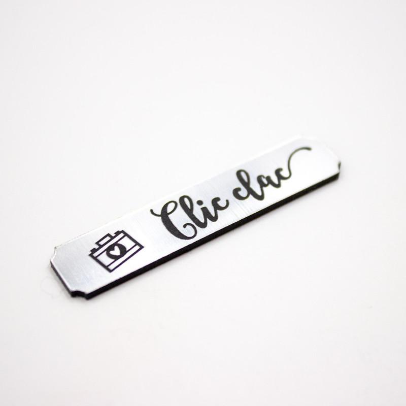 Etiquette clic-clac en acrylique métal brossé Scrapmouset