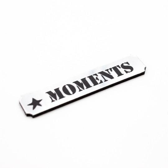 Etiquette moments en acrylique brossé scrapmouset