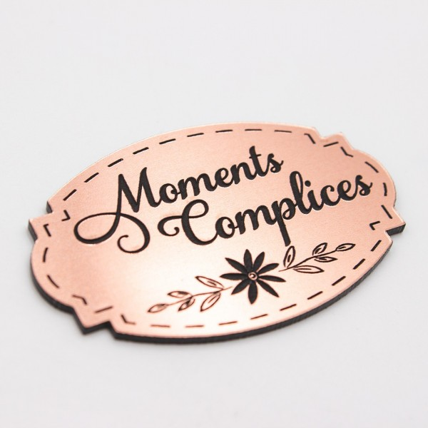 Étiquette moments complices en acrylique rose gold Scrapmouset