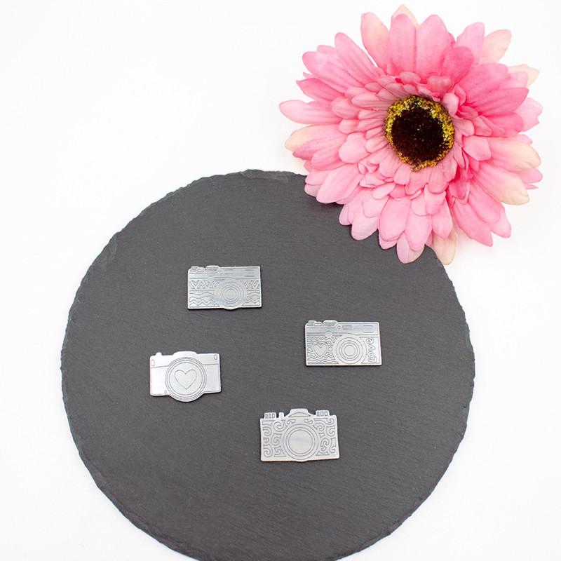 Lot de 4 mini appareils photos en acrylique finition argent brossé SCRAPMOUSET
