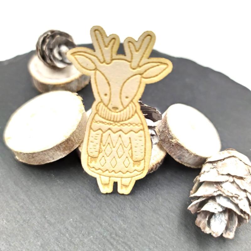 Chipboard cerf et sa robe laineuse en carton bois SCRAPMOUSET