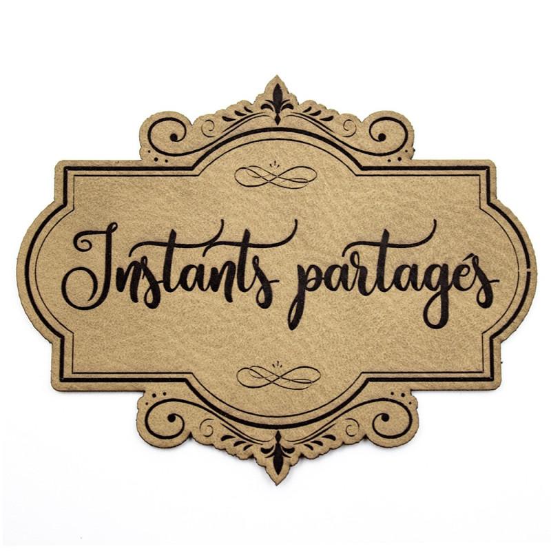 Etiquette de type Vintage en cuir avec le mot Instants partagés SCRAPMOUSET couleur brun clair